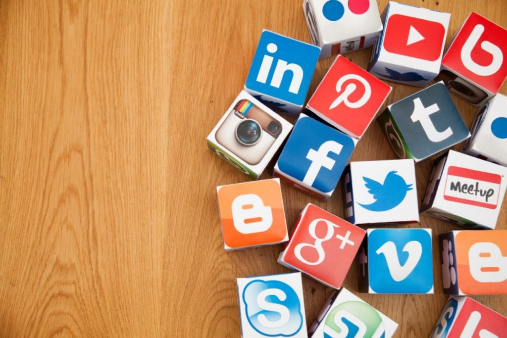 Using Social Networking Optimization Services to Define SMO Plan